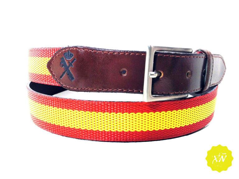 Cinturón de lona con punteras de piel grabado escudo guardia civil
