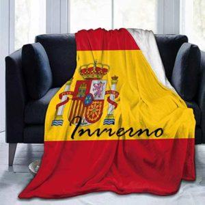 Ropa de invierno con la bandera de España