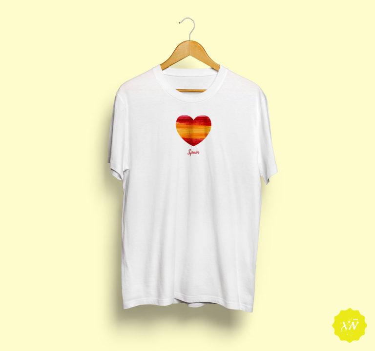 Camiseta con el corazón de España