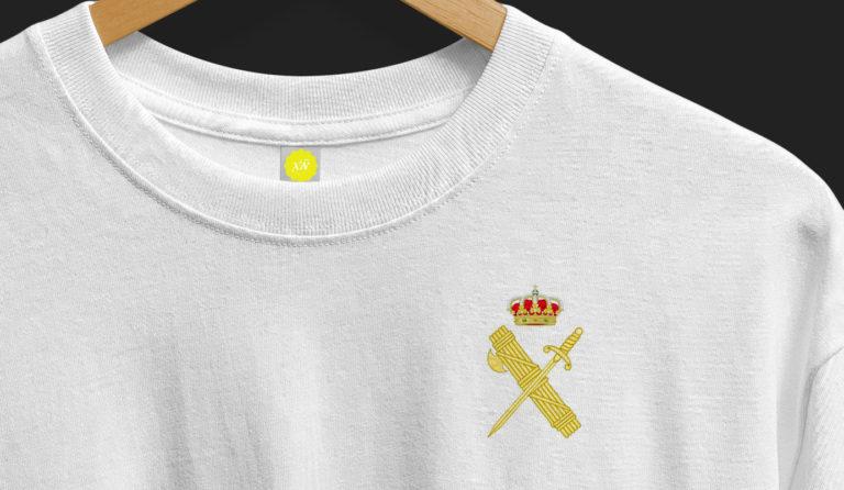 detalle-camiseta-escudo-legion