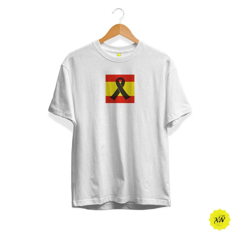Camiseta de España con crespón negro